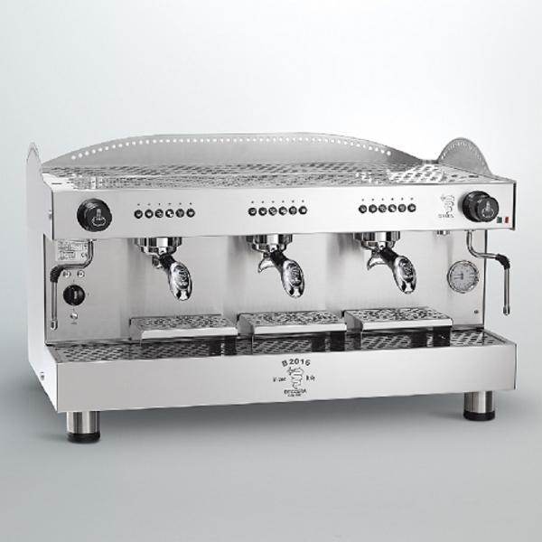 Macchina caffè professionale Bezzera B2016 DE, dosaggio elettronico, 3 gruppi