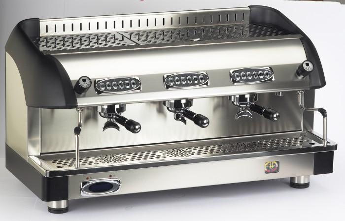 Macchina caffè professionale Bezzera B6000 DE, dosaggio elettronico, 3 gruppi